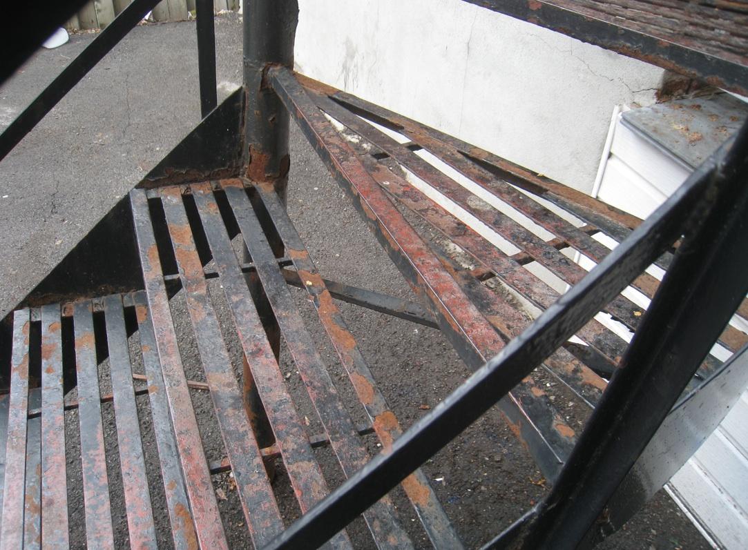 stairwell-rust1